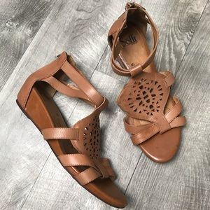 sofft | Leather sandal Wedges size 10W